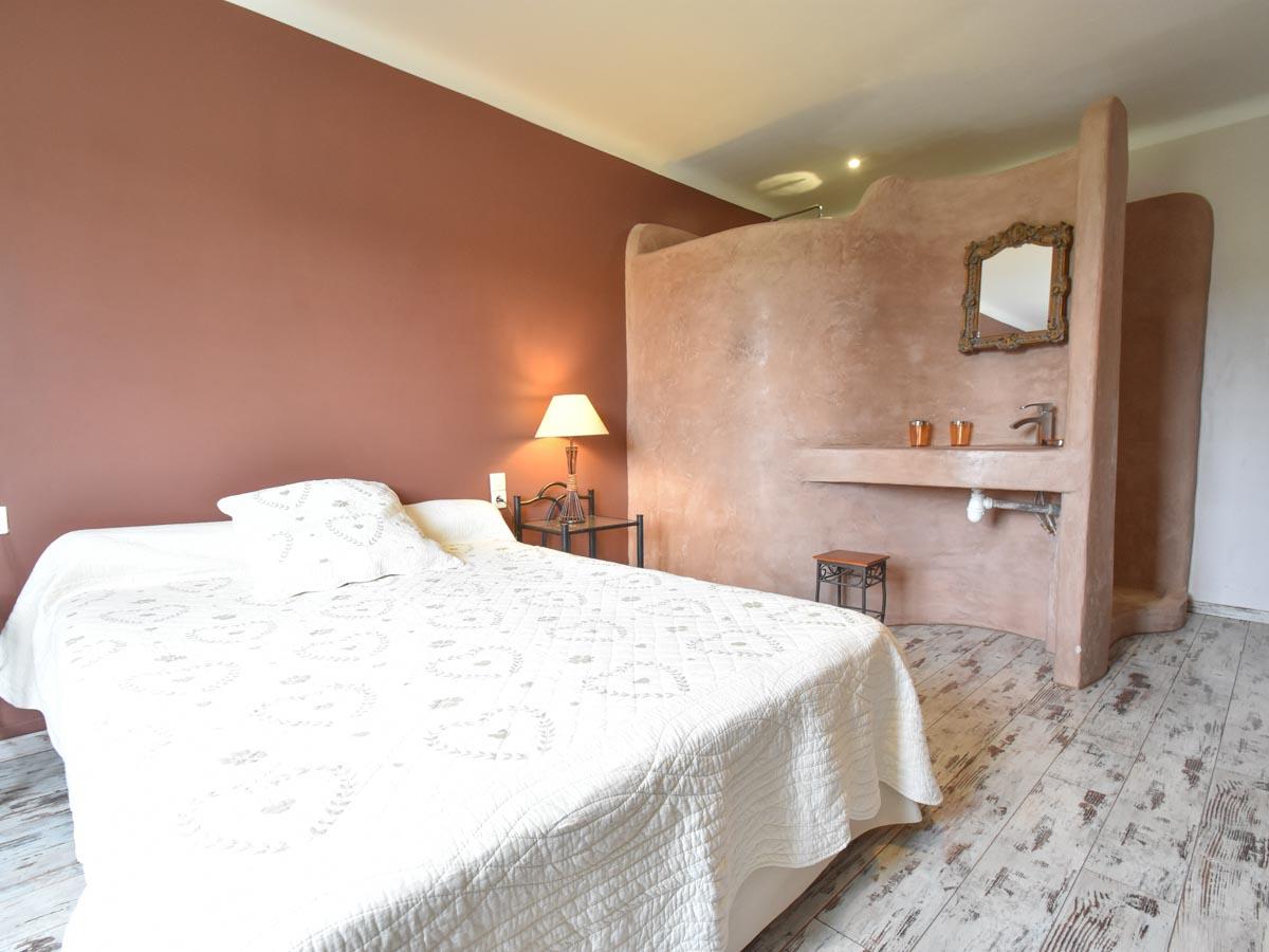 Les biens classés - Chambre meublé avec coin salle de bain