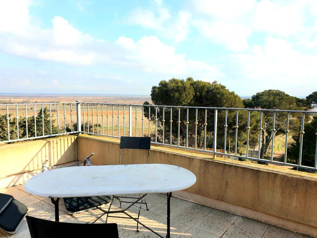 terrasse avec vue table
